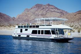 Lake Mead houseboats