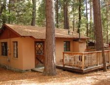Bassett Cedar Rock Cabin II, 3